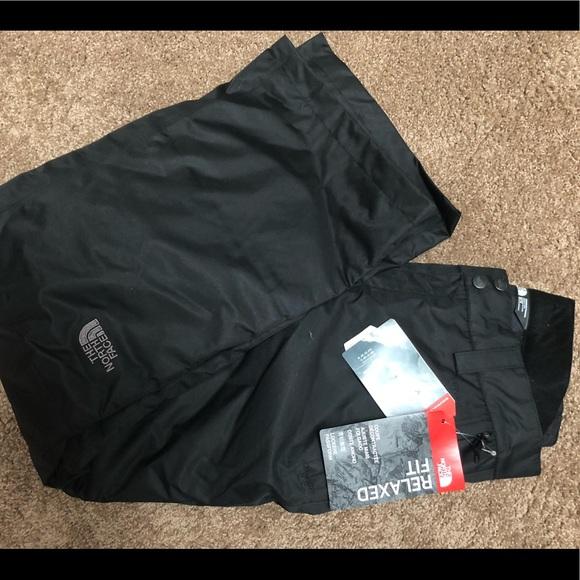 NWT Ladies Black North Face ski pants. Size M 9ea527e9d